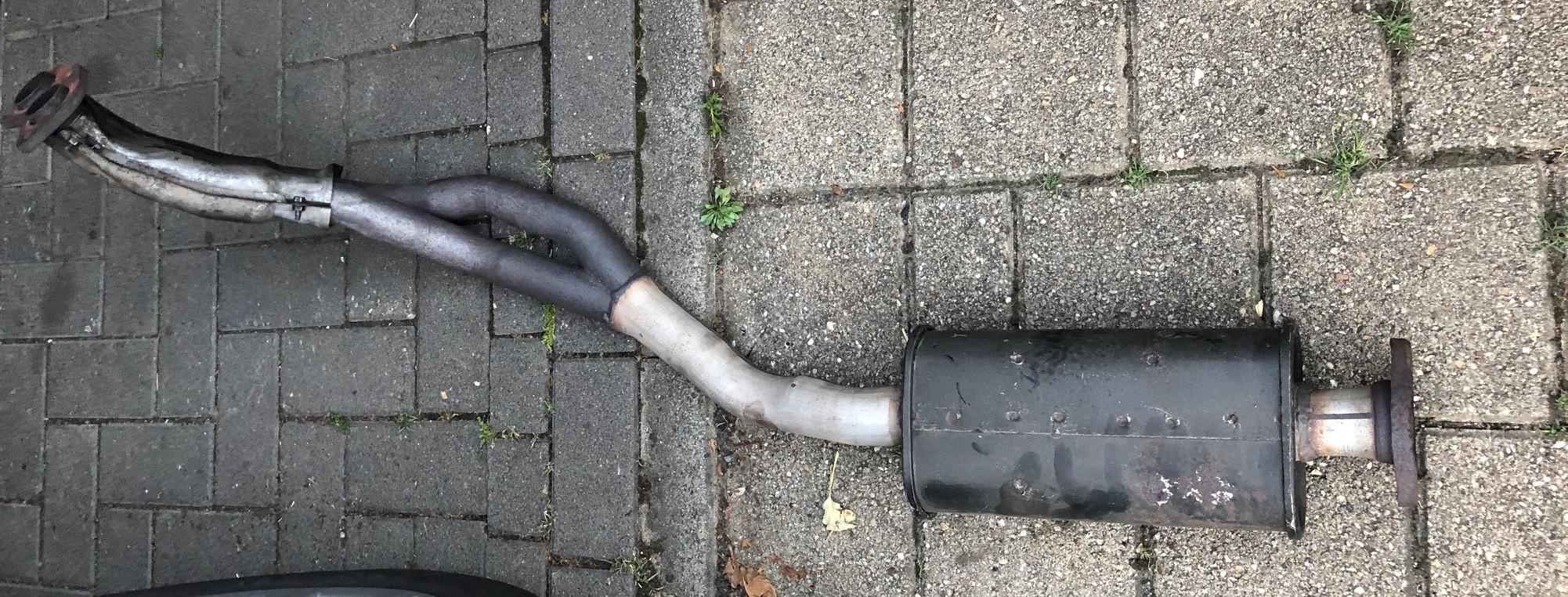 [Image: AEU86 AE86 - HKS Legal exhaust]